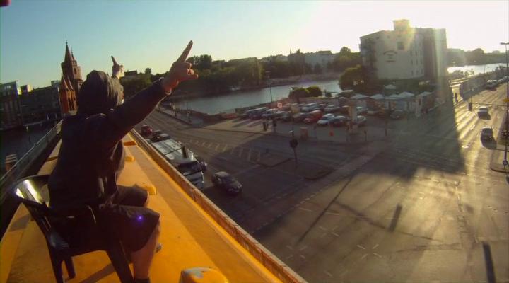Berlin kidz 100 prozent reines adrenalin 2013 dvdrip ac3 1 91 gb
