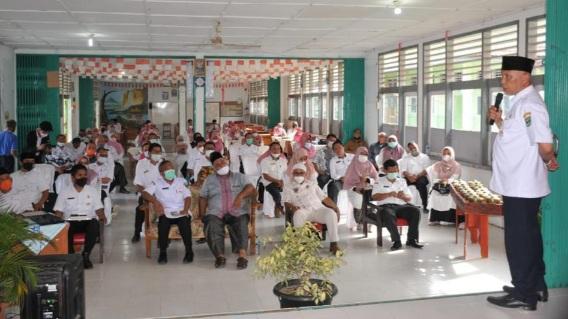Gubernur Mahyeldi: Pendekatan untuk Siswa SMA SMK dan Pesantren Itu Berbeda