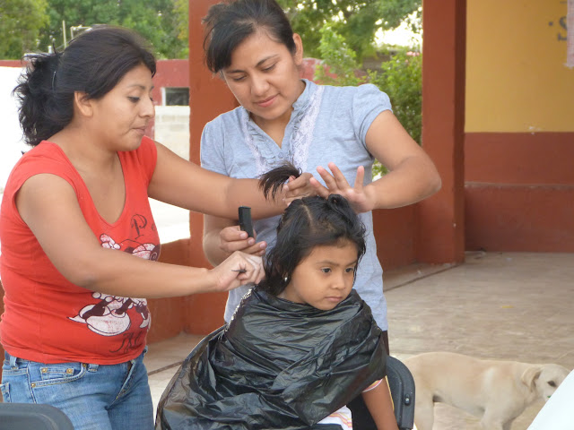 Rebeca and Jasmin: offering the latest hairstyles for the kids of Sierra Papacal.