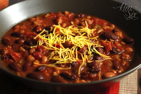 Easy slow cooker chili with beans