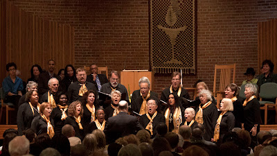 Teaneck Community Choir singing.Photos by TOM HART.