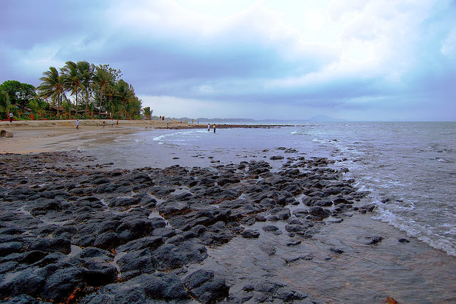 Pantai-Batu-Hitam-Beach