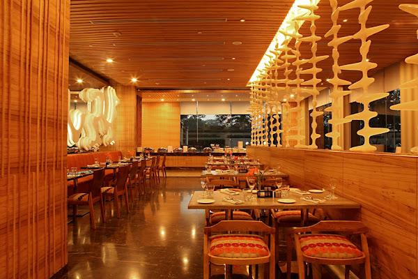 The Metropolitan Hotel & Spa, Bangla Sahib Road, New Delhi, Delhi 110001, India