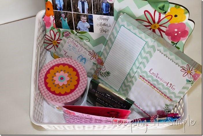 #ad DIY-Photo-Gift-Perfect-For-Mother's-Day #BestMomsDayEver (34)