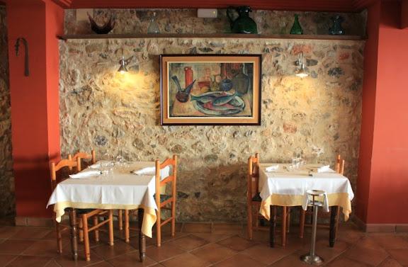 Menjador Restaurant Santa Anna.jpg