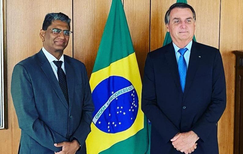 ÍNDIA VAI EXPORTAR VACINA DE OXFORD PARA O BRASIL NESTA SEXTA-FEIRA