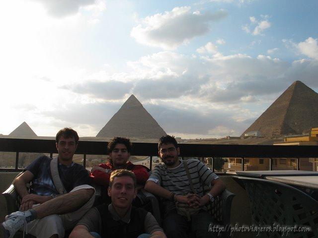 Pirámides desde Pizza Hut