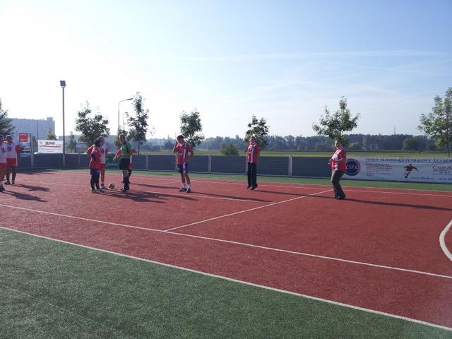 ČSFA - rodinný turnaj 2011 (záver) - 2011-09-24%2B09.32.46.jpg