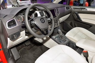 2014-VW-Golf-Sportvan-ic