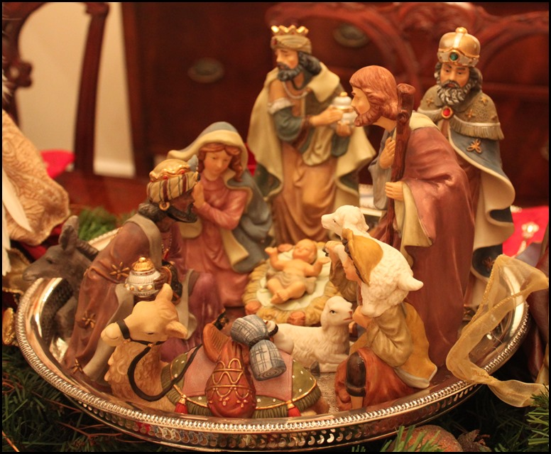 Dining Table Nativity Set