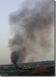 L'inceneritore abusivo del campo Rom di Scampia