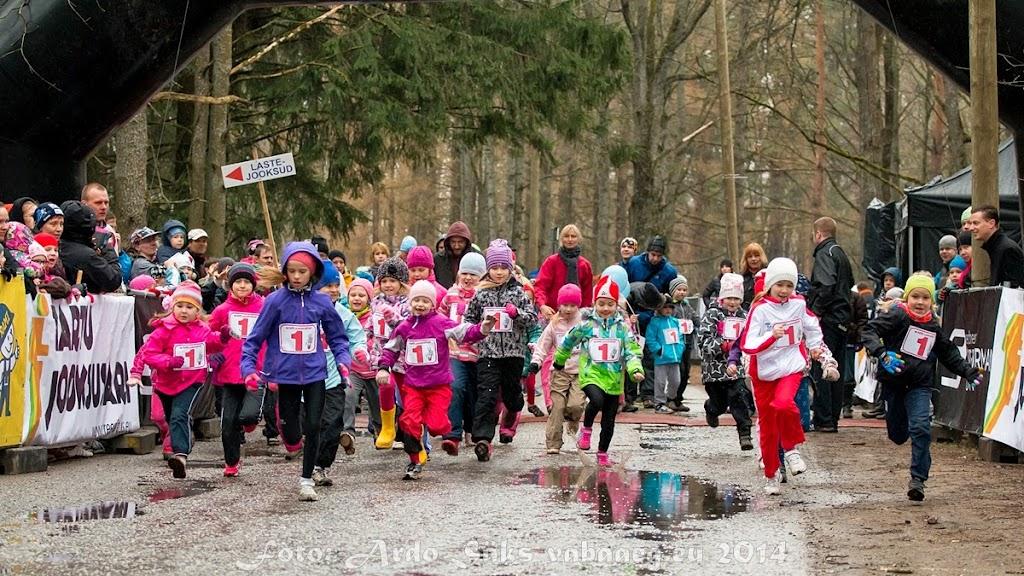 2014.04.12 Tartu Parkmetsa jooks 3 - AS20140412TPM3_100S.JPG