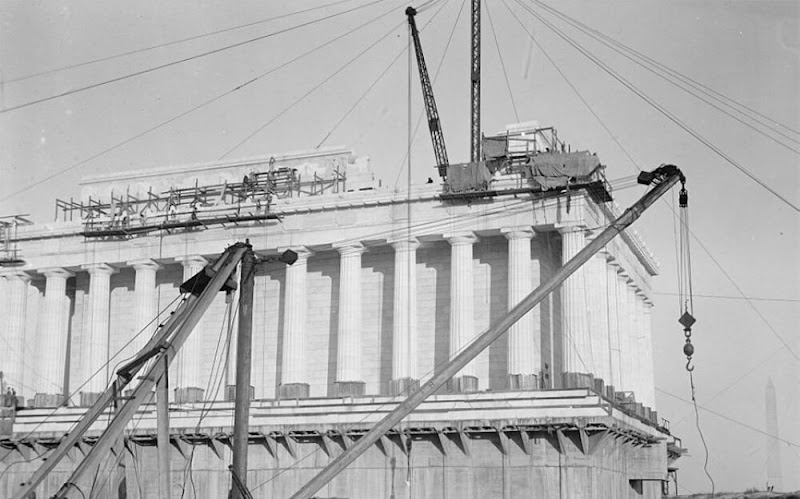 The Construction of Lincoln Memorial of USA in 1914