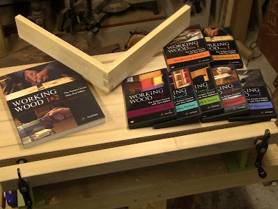 Close Grain Review Paul Sellers Working Wood Dvd And Book Series