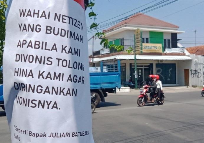 Sempat Dihapus Aparat, Sejumlah Selebaran Kritik Muncul Lagi di Klaten