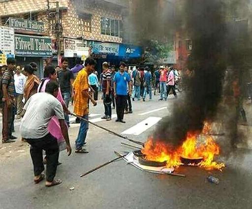 TMc बंगाल विधानसभा चुनाव मैं TMC और BJP के बीच हिंसा