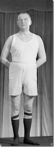 UTILITY UNDERWEAR: CLOTHING RESTRICTIONS ON THE BRITISH HOME FRONT, 1943