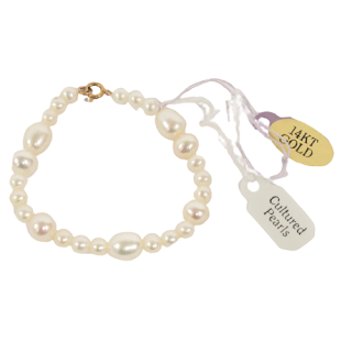 Pearl and 14K Gold Child's Bracelet