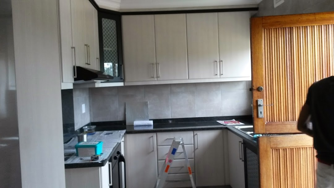 Pleasing Shamlalls Built In Cupboards Carpenter In Caneside Interior Design Ideas Inamawefileorg