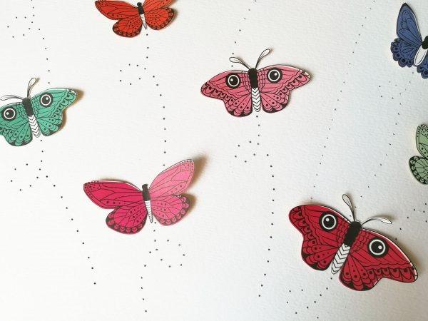 [scrapbook-trend-fussy-cutting-hand-stitching-tutorial-5%5B4%5D]