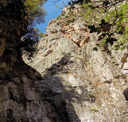 Cascade à sec du canyon de Meriu (photo Olivier Hespel)