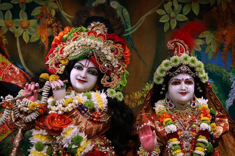 ISKCON London Deity Darshan 19 Dec 2015 (7)