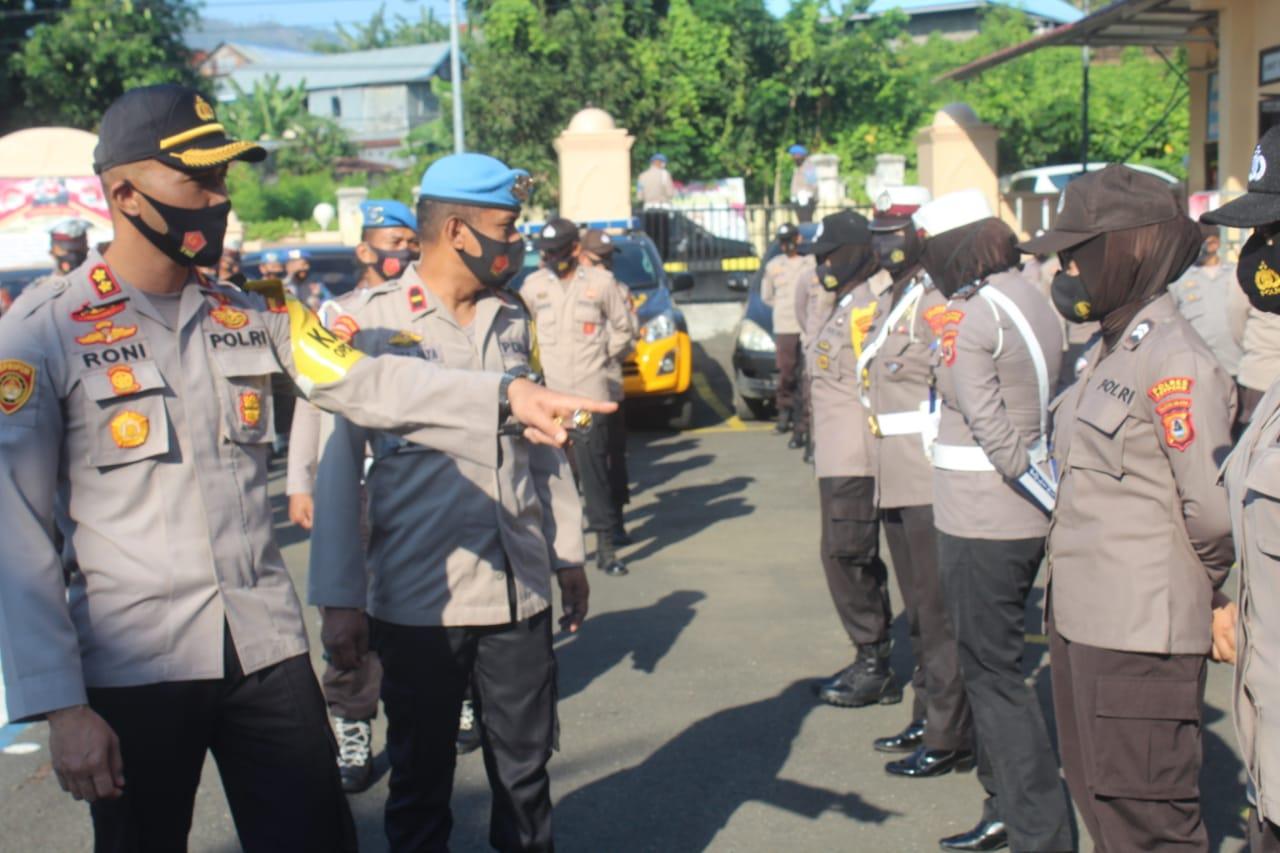Kapolres Soppeng : Anggota Polri Sebagai Pelayan Masyarakat Harus Siap Siaga Walau Hari Libur