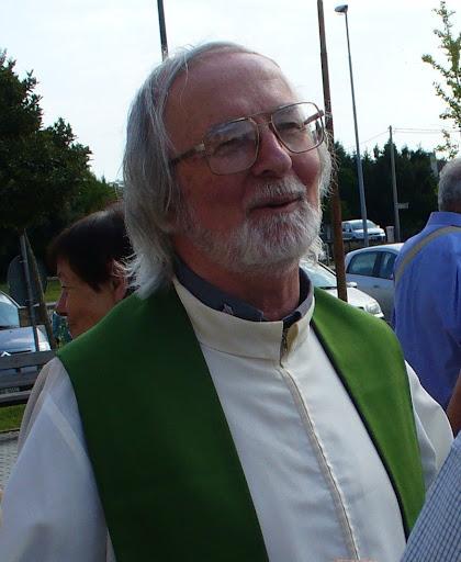 Padre Italo Padovan