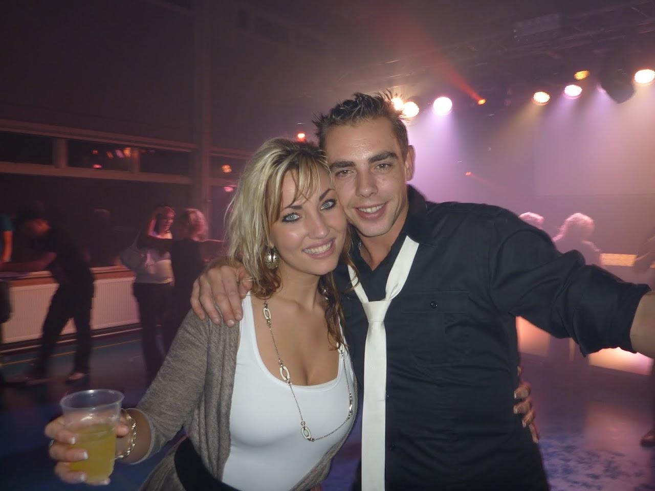20+ disco en karaoke Dorpshuis De Brêge Echtenerbrug