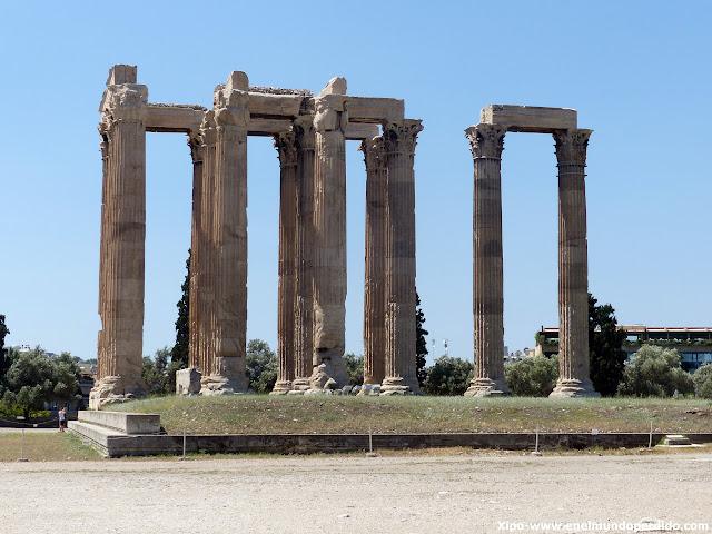 templo-de-zeus-olimpico-atenas.JPG