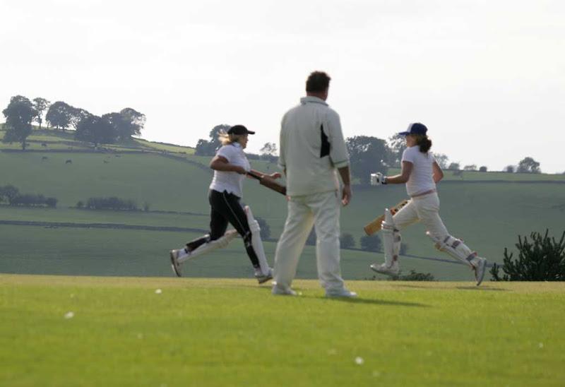 Cricket-Ladies41