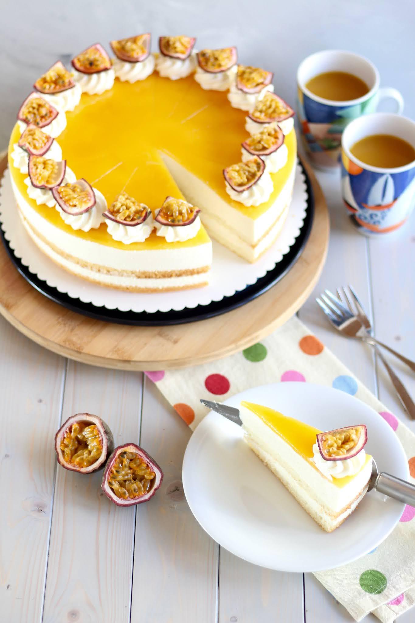 Fruchtige Maracuja-Käse-Sahnetorte/ Solero-Torte - cremiger Tortentraum | Rezept und Video von Sugarprincess