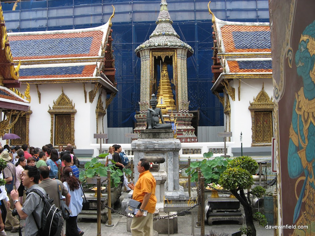 0090Temple in Bangkok