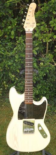 Frontman Guitars offset esquire