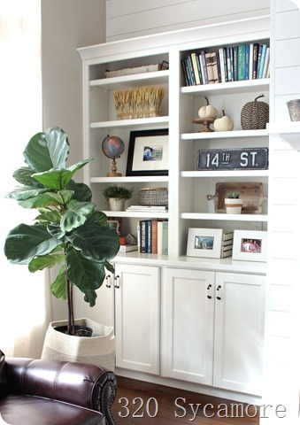 how to style built ins fall shelf styling