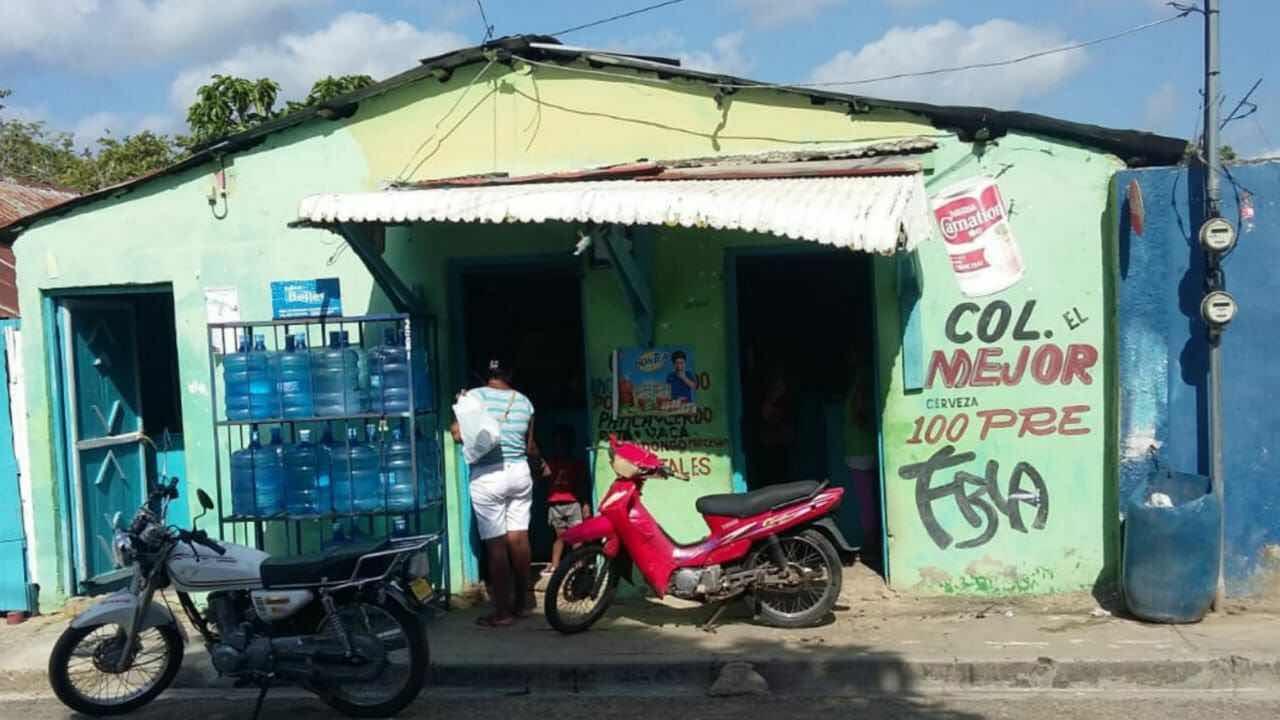 Delincuentes Haitianos tratan de estrangular comerciante para robarle en Dajabón