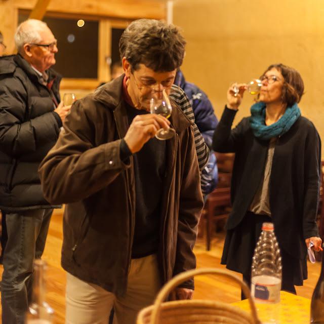 2015, dégustation comparative des chardonnay et chenin 2014 - 2015-11-21%2BGuimbelot%2Bd%25C3%25A9gustation%2Bcomparatve%2Bdes%2BChardonais%2Bet%2Bdes%2BChenins%2B2014.-149.jpg