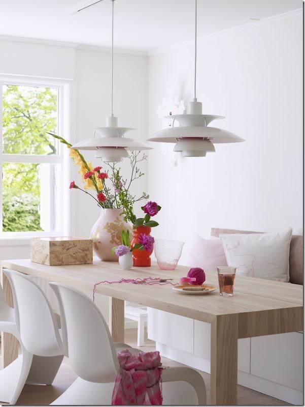 case e interni - casa Scandinava - accenti colori (1)