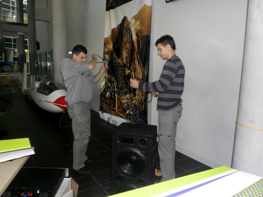 Mikołajkowa Wystawa Lotnicza na PP - SAM_2995.JPG