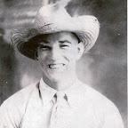 Hershel in straw hat