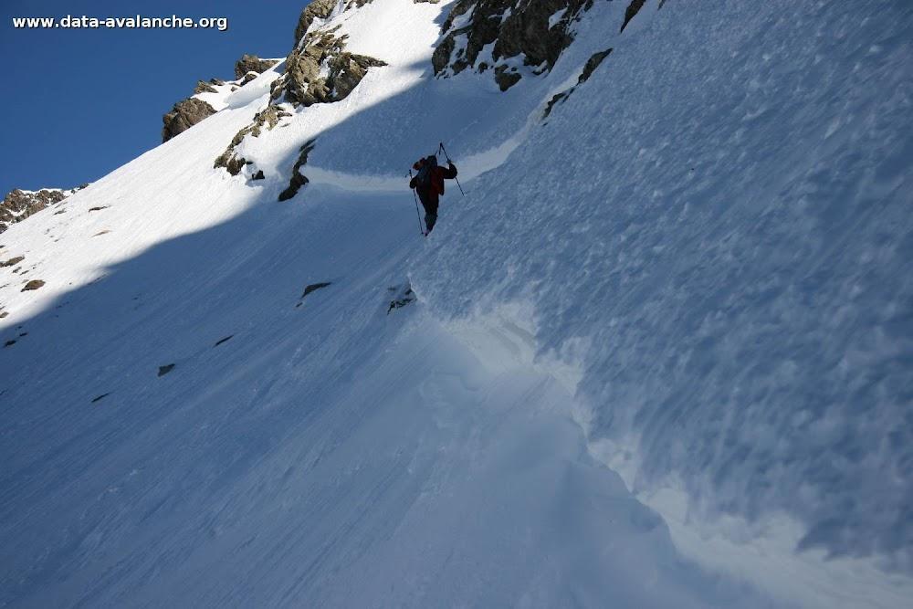 Avalanche Oisans, secteur Aig du Plat de la Selle, Combe de l'Aiguillat - Photo 1