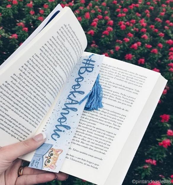booktag bookaholic 8 coisas que amo nos livros
