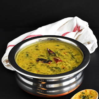 Spinach Lentil Curry / Palak Toor Dal.