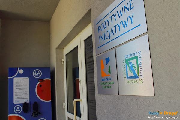 Pozytywne Inicjatywy w Pucku - szafa Jarząbka