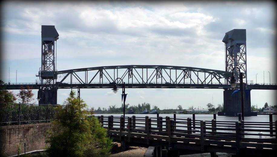 Cape Fear River Memorial Bridge