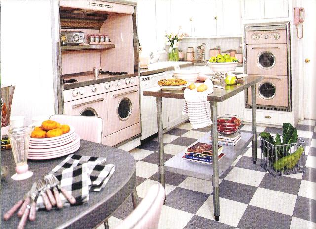 A happy valentine will the real me please stand up for Country living 500 kitchen ideas