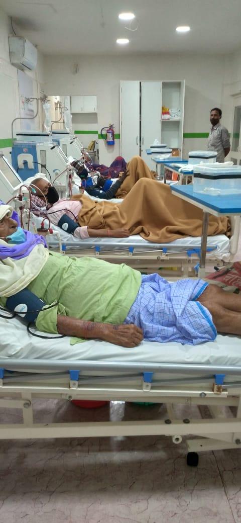 सीतामढ़ी सदर अस्पताल में राशन कार्ड लाएं मुफ्त में डायलिसिस कराएं