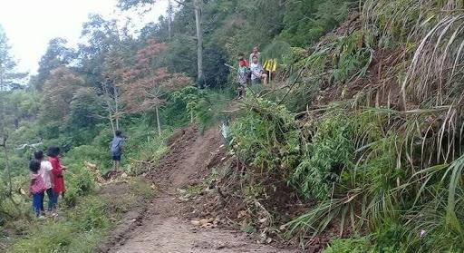 Lagi,  Bencana Longsor Landa Tana Toraja Hingga Putuskan Akses Jalan
