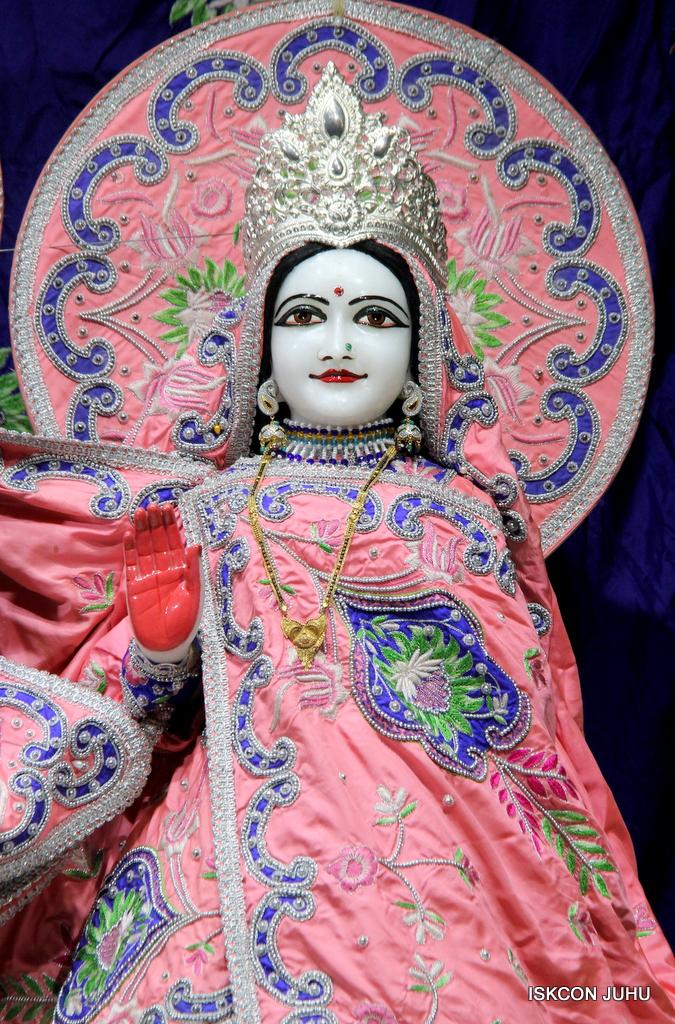 ISKCON Juhu Mangal Deity Darshan on 30th Sep 2016 (5)
