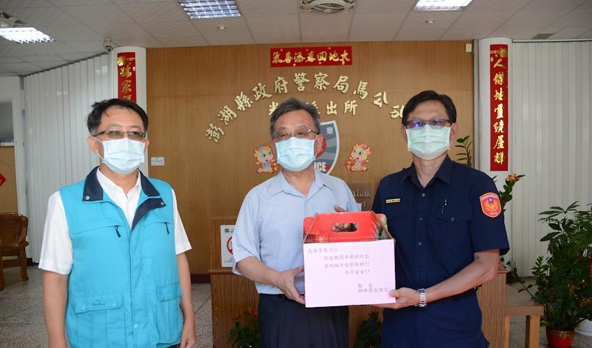 賴峰偉感謝警察人員協助防疫 祝警察節快樂